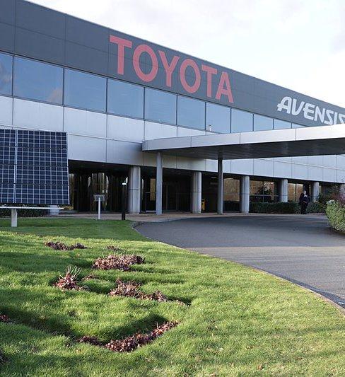 800px-Toyota_Motor_Manufacturing,_Burnaston,_Derby,_England.jpg